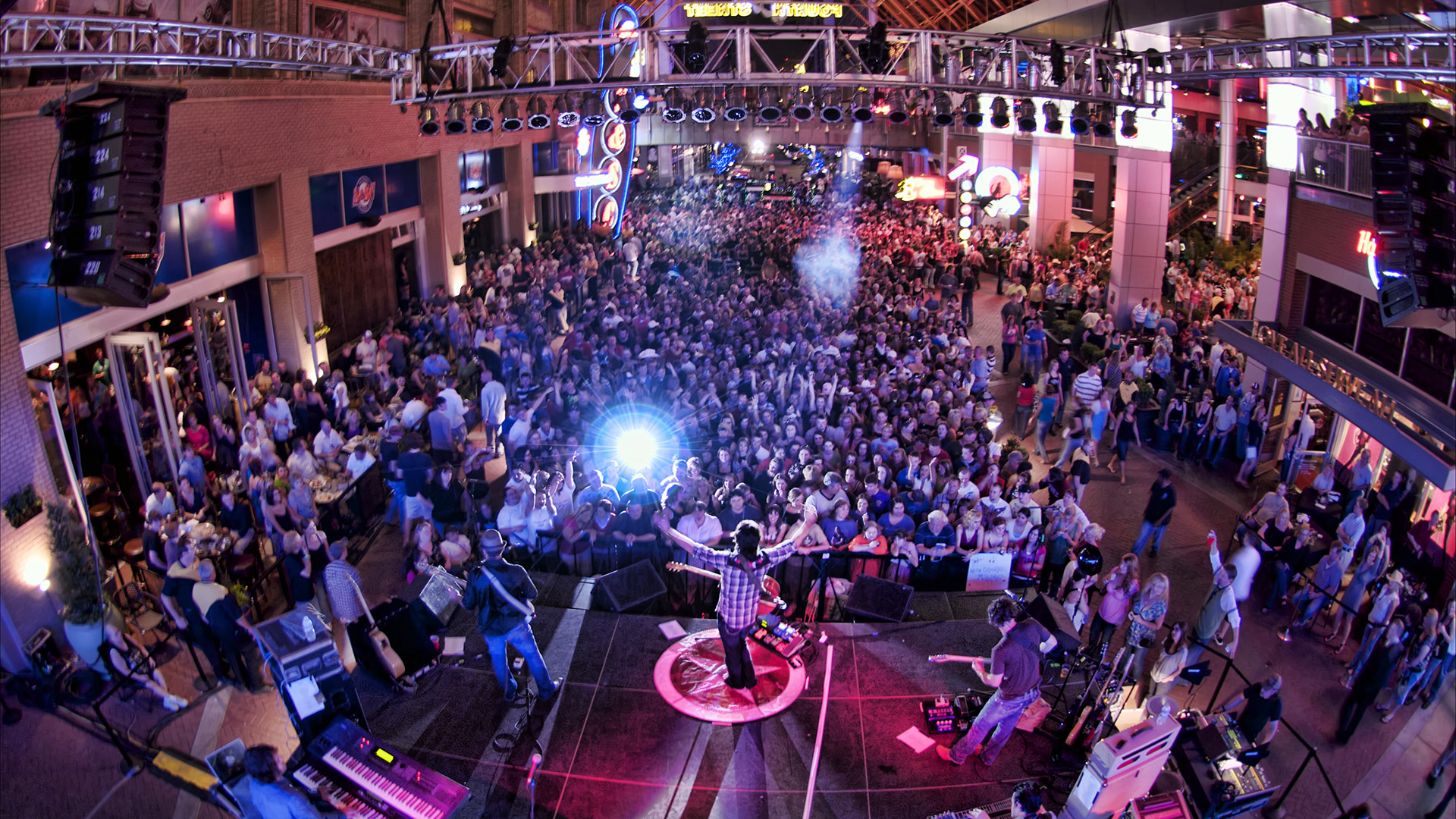 A party at Fourth Street Live